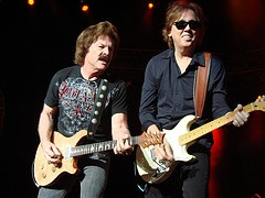Doobie Brothers at 2008 Kidney Ball - top government contractors - best government contracting event