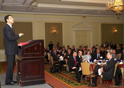Vivek Kundra, Federal CIO speaks to a sold-out POC event - top government contractors - best government contracting event