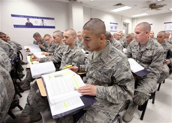 how to become an air force pharmacist