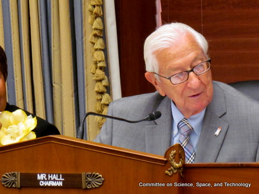 Committee Approves Cybersecurity Bill - top government contractors - best government contracting event