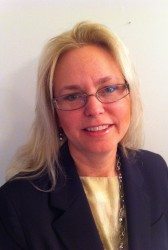 Executive Spotlight: Karolyn Gardner, PAE Contracts and Procurement Director - top government contractors - best government contracting event