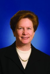 HP Wins Prime Position On DISA Cyber Program; Betsy Hight Comments - top government contractors - best government contracting event