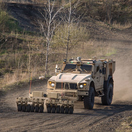 Oshkosh Subsidiary to Display Unmanned Ground Vehicle Tech at XPONENTIAL Conference - top government contractors - best government contracting event