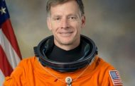 Boeing Appoints Final Shuttle Commander to Space Exploration Team