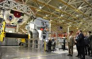 Northrop Welcomes Norway's Defense Secretary to F-35 Facility
