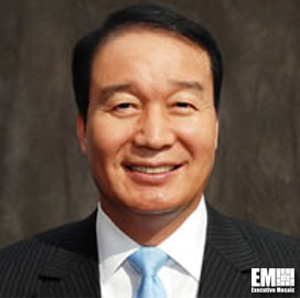 Simon Lee Awarded George Washington University President's Medal - top government contractors - best government contracting event